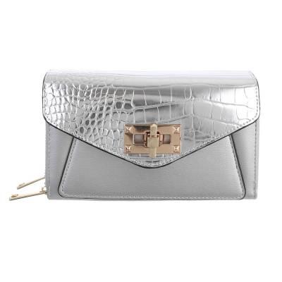 Schultertasche für Damen in Silber